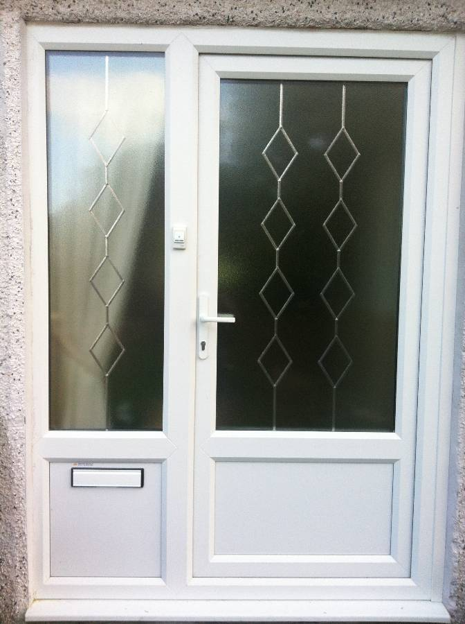 ... White Door and Side Panel With Diamond Leaded Desgin ... & Window Manufacturers in Cornwall : Newquay Plastic