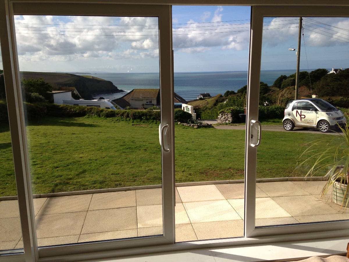 Window manufacturers in cornwall newquay plastic for Double sliding patio doors