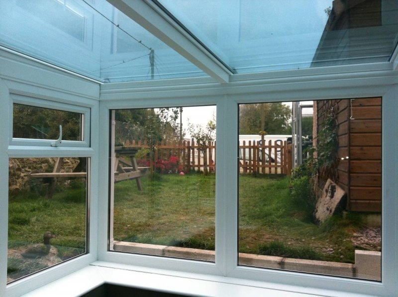 Lean To Glass Roof Conservatory With Retaining Wall 1