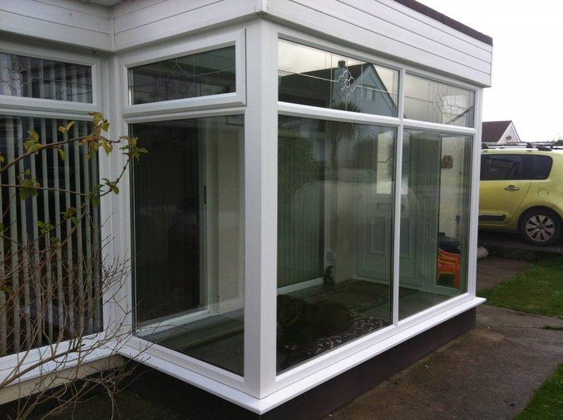 Porch With Decorative Glass Designs 3