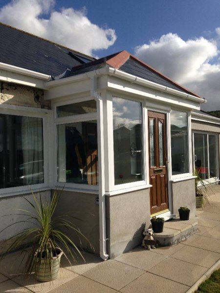 Porch With Tiled Roof And Composite Door 3