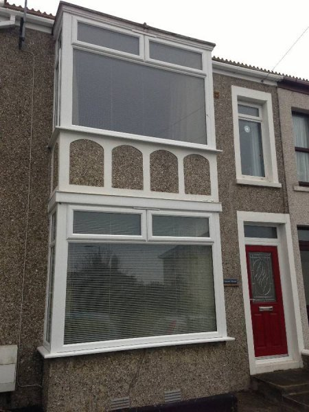 Bay Window In White PVC 2